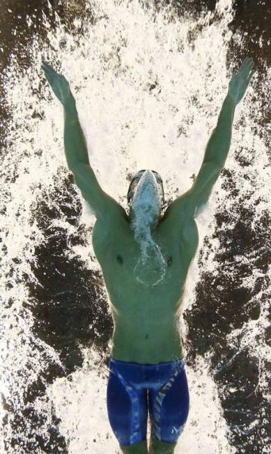 É a primeira vez que um nadador recupera um título olímpico STEFAN WERMUTH / REUTERS