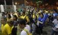 Na saída do Maracanãzinho, torcedores tiveram que andar até a Estação São Francisco Xavier do metrô