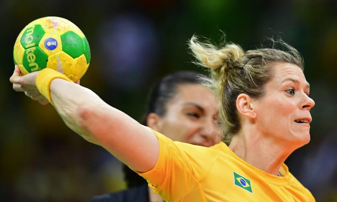 Brasil x Espanha no Handebol feminino na Arena do Futuro FRANCK FIFE / AFP