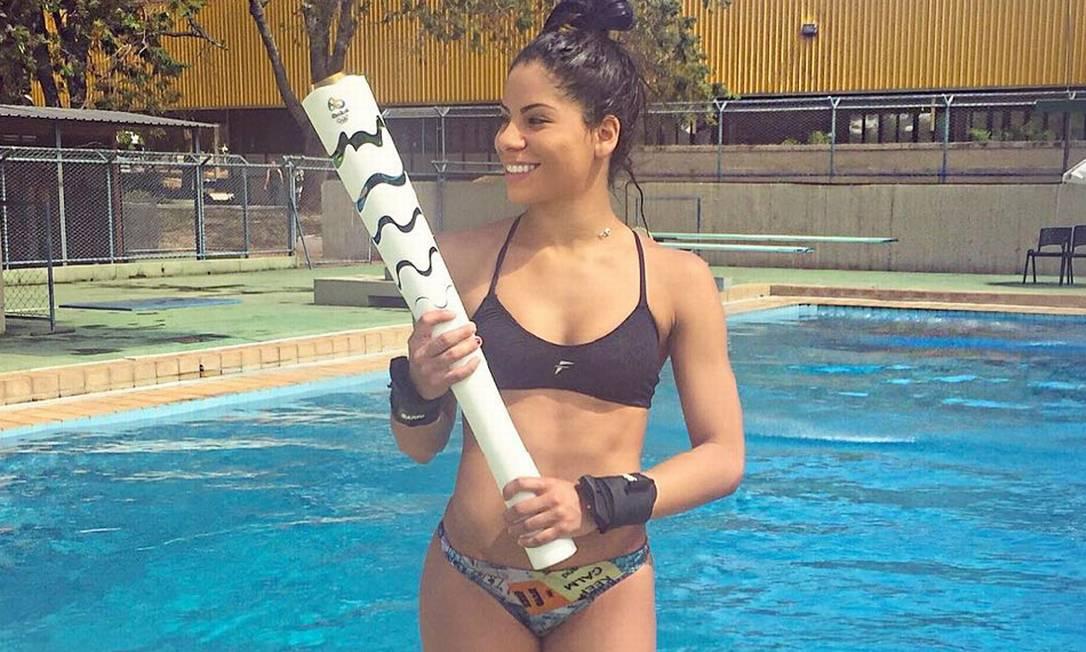 A saltadora Ingrid Oliveira, muito famosa por sua beleza, protagonizou uma polêmica nos jogos do Rio-2016, ao brigar com sua parceira Giovanna Reprodução Internet