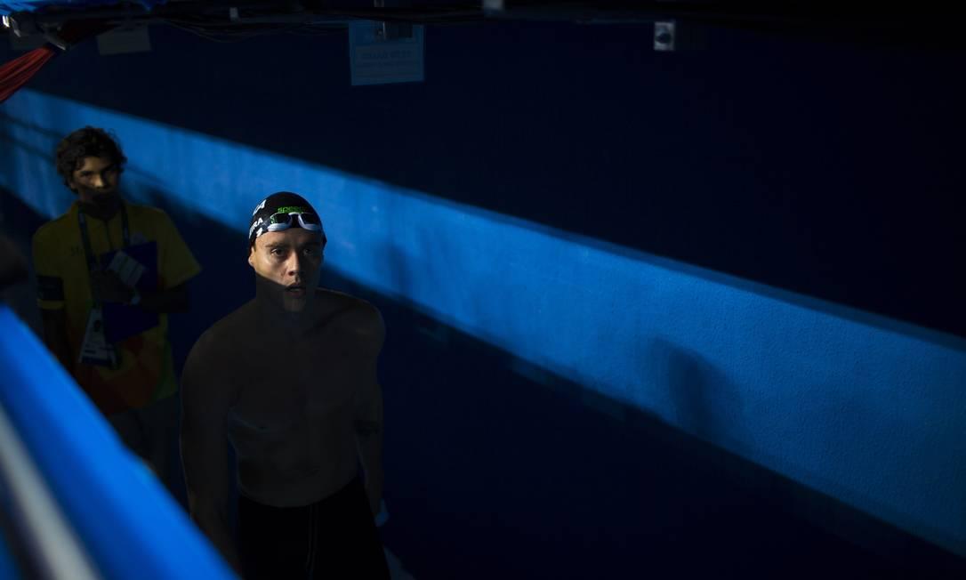 Thiago deixa a piscina satisfeito com o resultado Daniel Marenco / Agência O Globo