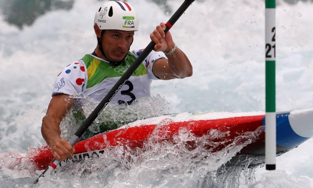 O francês Sebantien Combot ficou em 8º lugar na prova de canoagem slalom Marcelo Carnaval / Agência O Globo