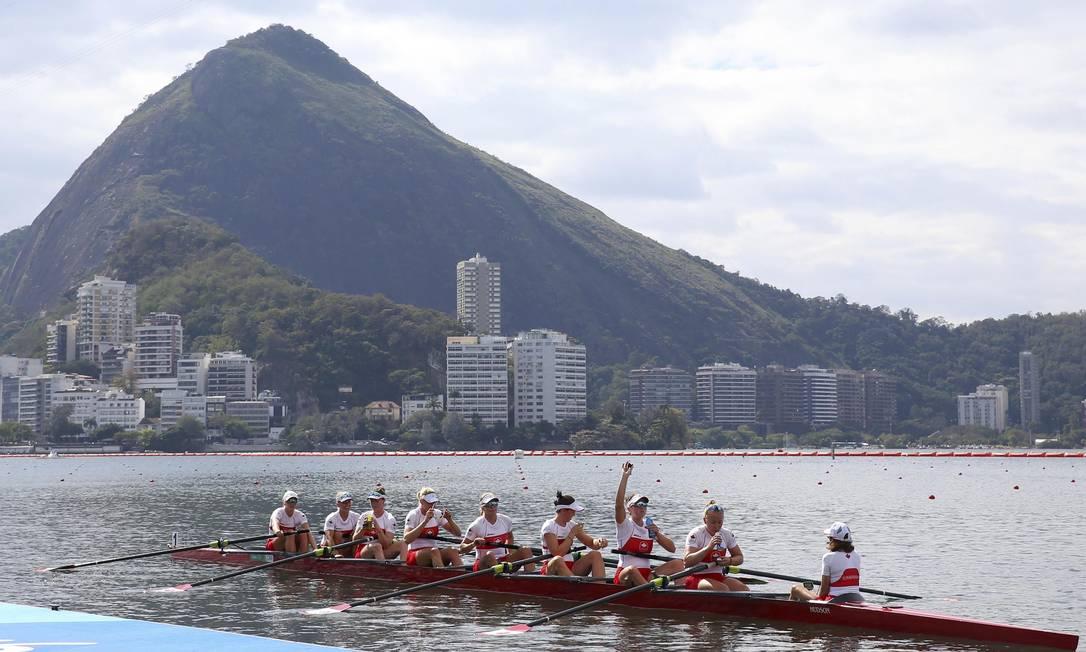 Os atletas competem em um percurso de 2km em linha reta. Vence quem cruzar primeiro a linha de chegada MURAD SEZER / REUTERS