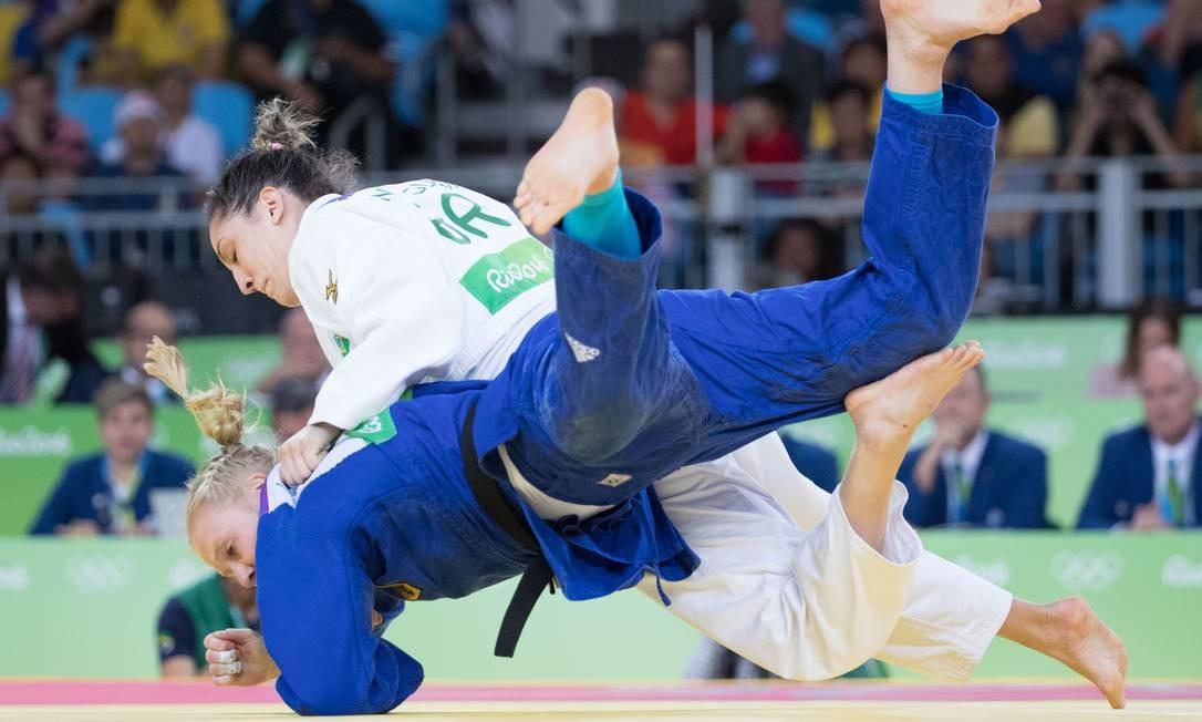 Nas quartas de final, Mayra Aguiar venceu a alemã Luise Malzahn Danilo Verpa / Folha de S.Paulo/NOPP
