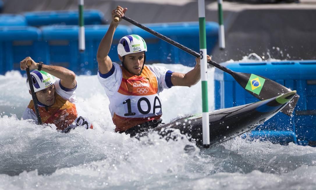 A prova da canoagem slalom é disputada em Deodoro Guito Moreto / O GLOBO / NOPP
