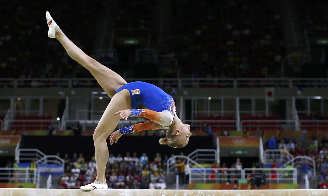 A holandesa Lieke Wevers se apresenta na trave de equilíbrio DAMIR SAGOLJ / REUTERS