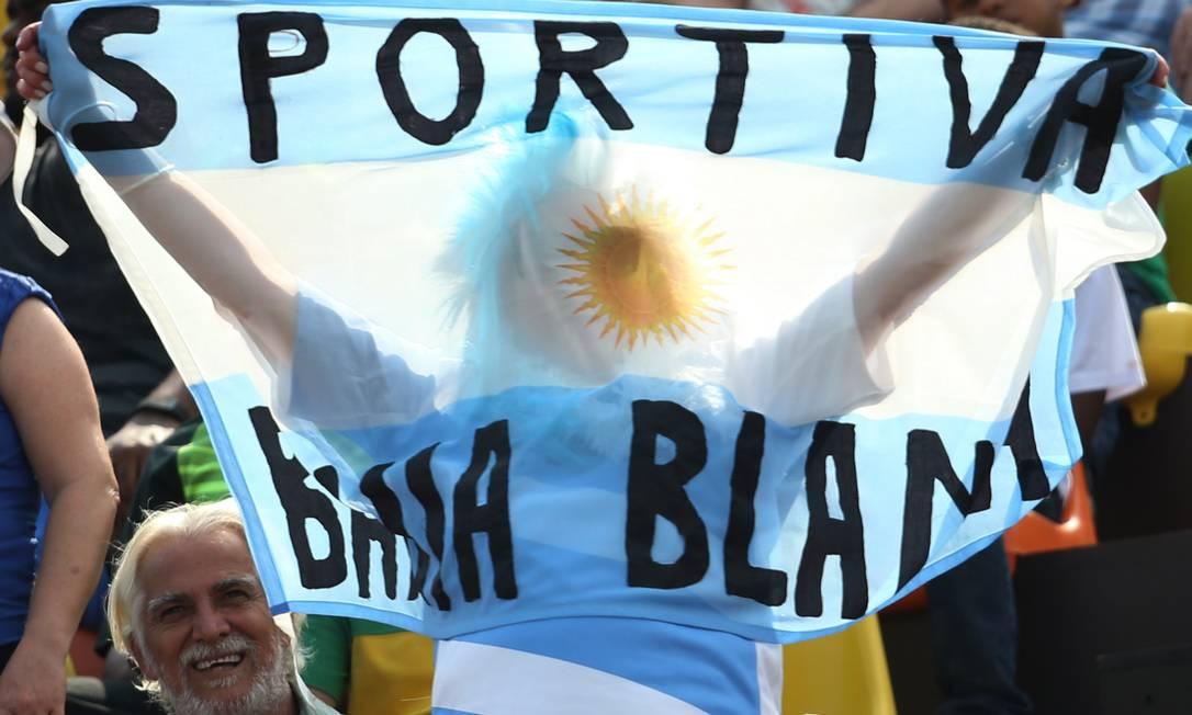 O apoio da torcida argentina nas arquibancadas ALESSANDRO BIANCHI / REUTERS