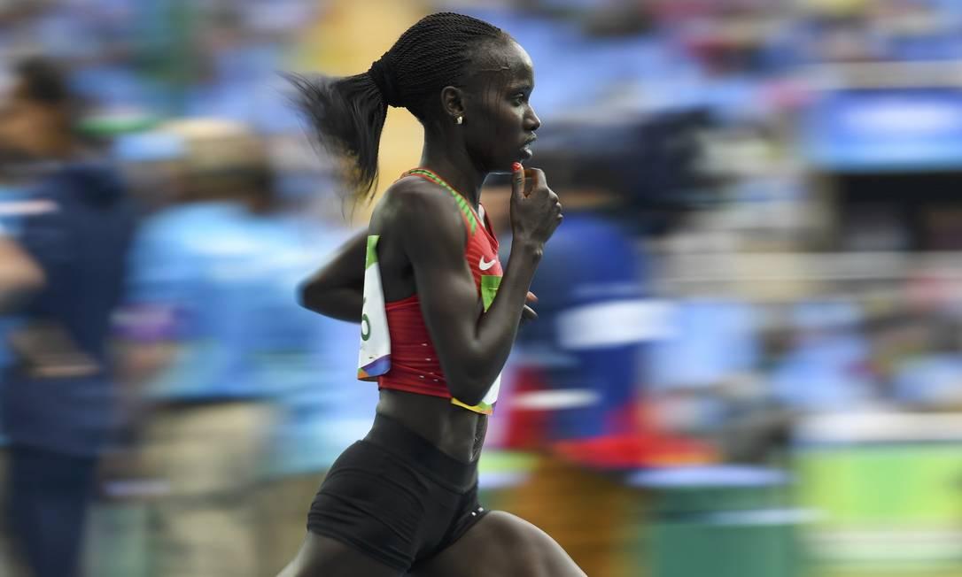 Todas as medalhistas correram abaixo da marca que figurava como a mais rápida desde 2008 DYLAN MARTINEZ / REUTERS