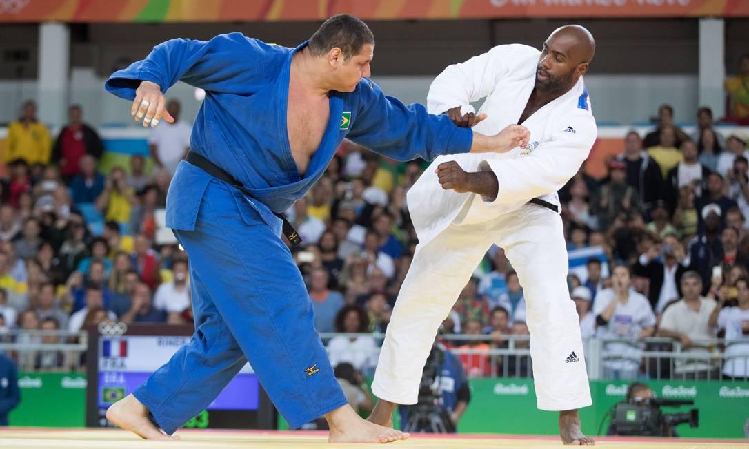 Foi o oitavo confronto entre os dois judocas — todos vencidos pelo francês, invicto há seis anos Danilo Verpa / Folha de S.Paulo/NOPP