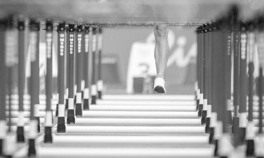 Detalhe das barreiras da prova classificatória dos 100m com barreira feminina Daniel Marenco / Agência O Globo