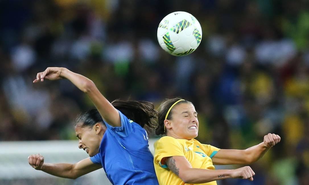 Pelo alto: em jogo equilibrado, Andressa mostrou raça e foi com firmeza para todas as disputas MARIANA BAZO / REUTERS