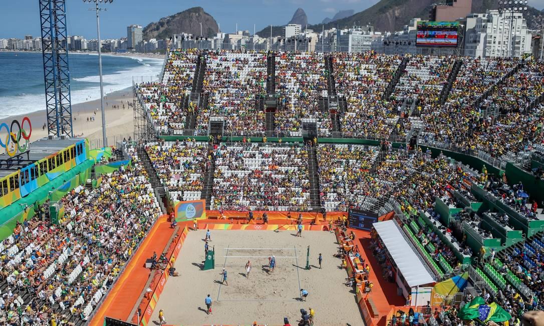 A arena na Praia de Copacabana vista do alto Pedro Kirilos / Agência O Globo