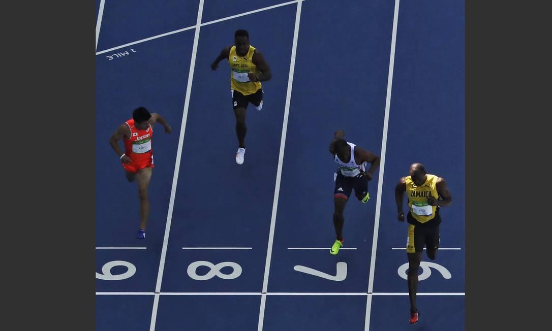 Em segundo lugar, ficou Meité Ben Youssef, da Costa do Marfim, seguido do canadense Andre De Grasse Morry Gash / AP