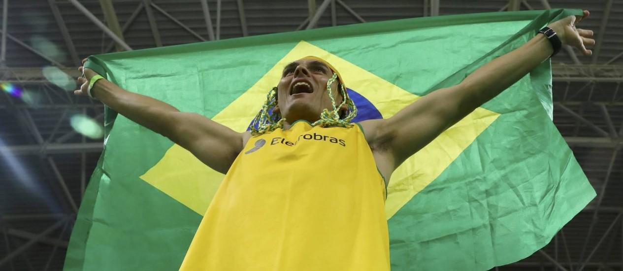 Torcedor brasileiro na partida da seleção de basquete contra a Argentina Foto: JIM YOUNG / REUTERS