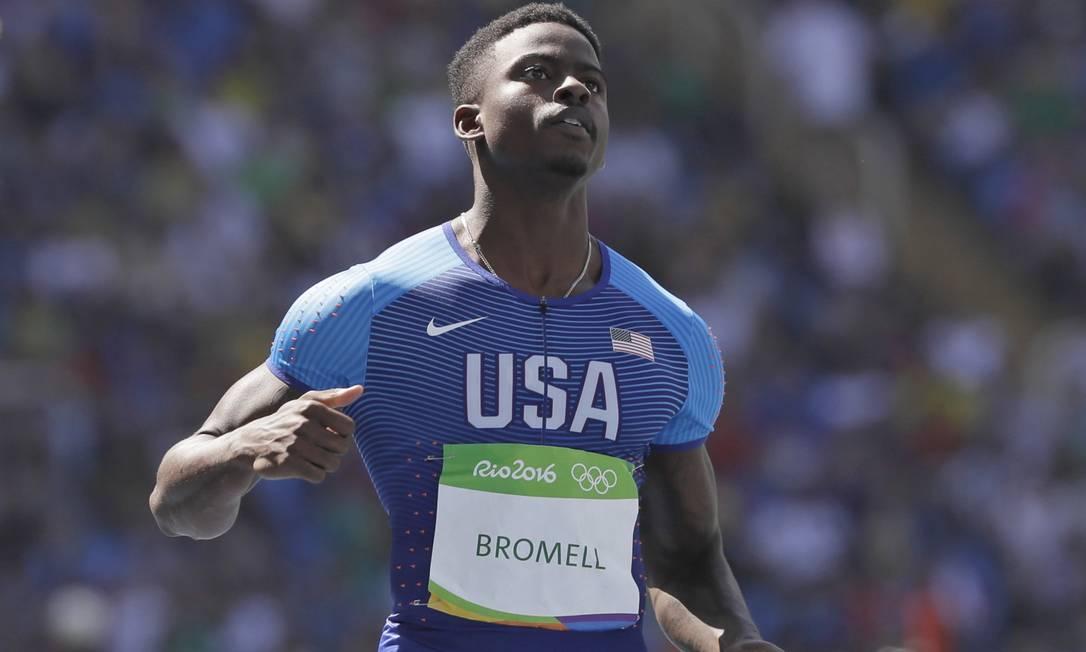 Bromell é o atual campeão na prova dos 60m rasos e espera fazer história nos 100m David J. Phillip / AP