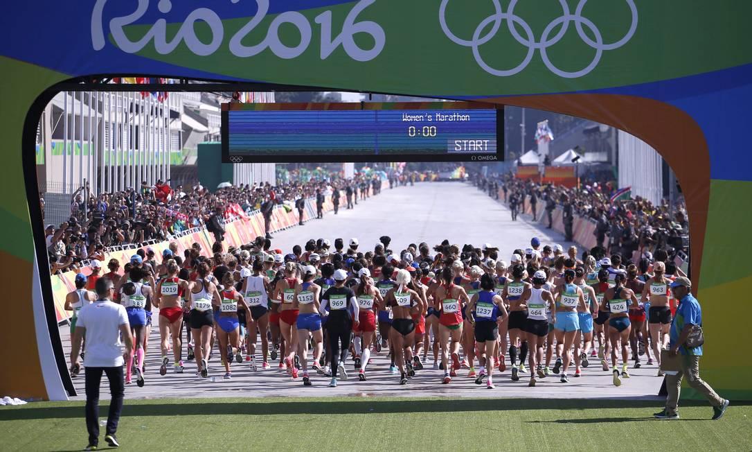 A maratona feminina começou no sambódromo, Centro do Rio Jorge William / Agência O Globo