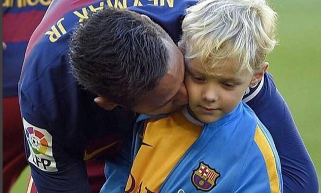 Neymar e o pequeno Davi Lucca Reprodução/Instagram