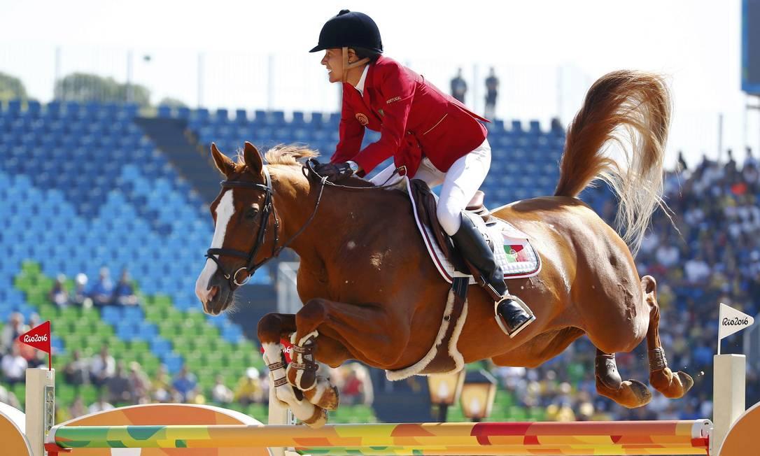 Luciana Diniz, de Portugal, na disputa de salto individual na Olimpíada do Rio TONY GENTILE/REUTERS