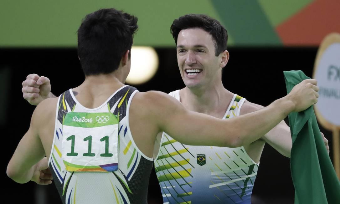 Diego Hypólito prometeu treinar para os Jogos de Tóquio-2020 Rebecca Blackwell / AP