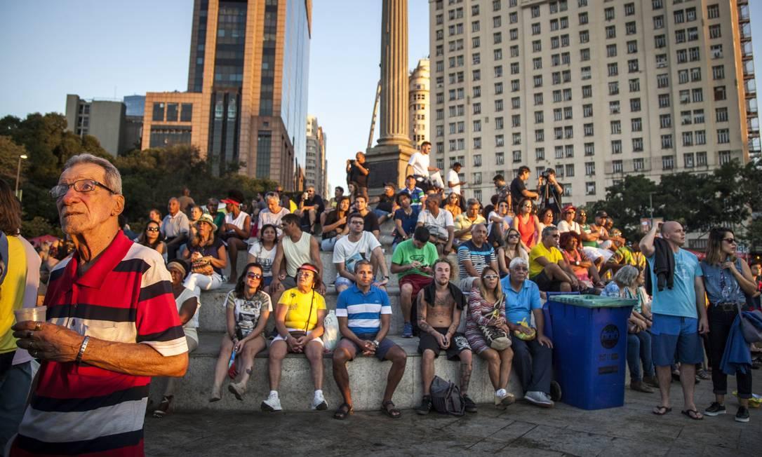 Turistas e cariocas tiraram o domingo de dia dos pais para passear lotando a zona portuaria Hermes de Paula / Agência O Globo