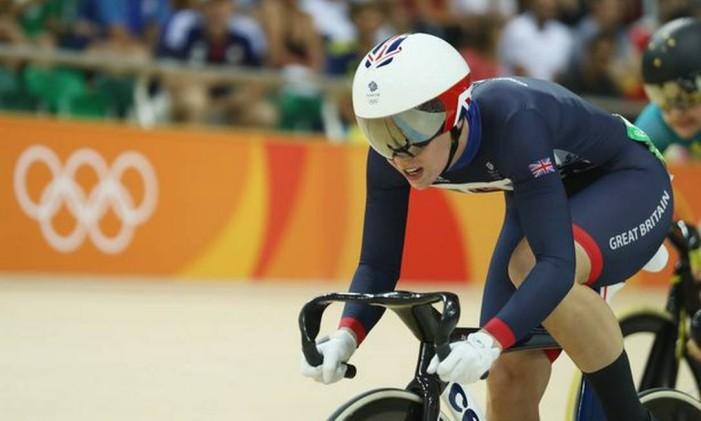 A ciclista britânica bateu o recorde olímpico de pista em velocidade na prova 200m, com 10.721 pontos Foto: Divulgação / COI