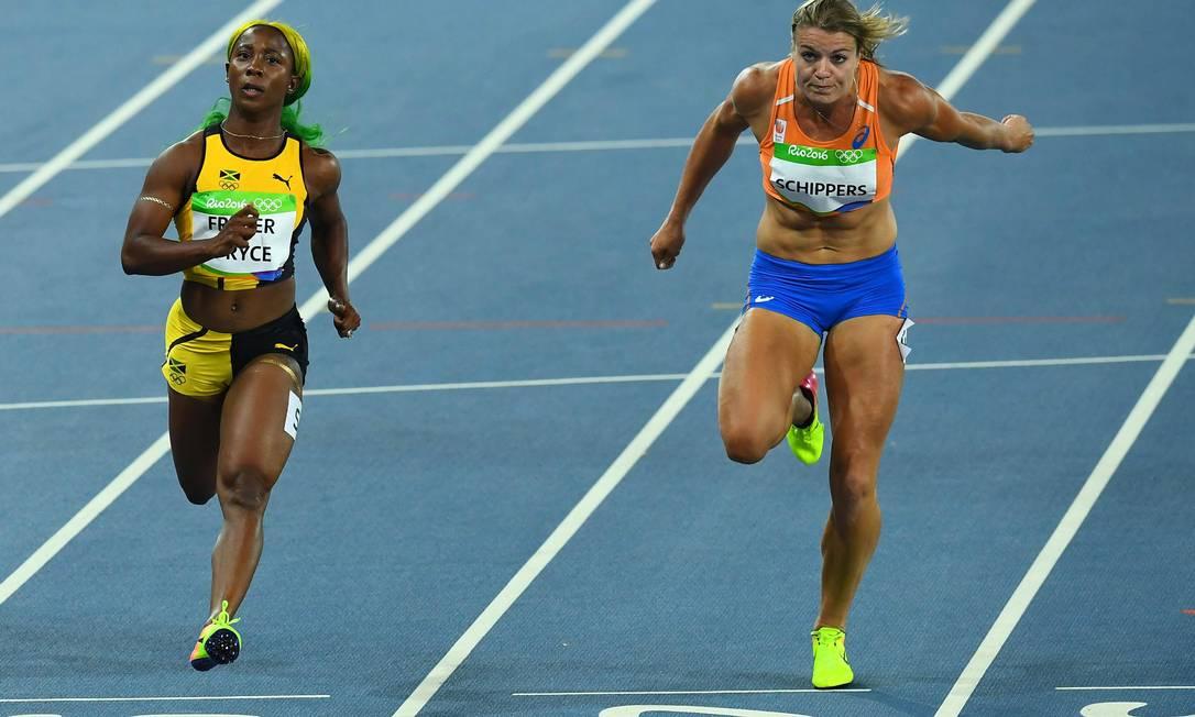 Dafne Schippers terminou a prova dos 100m na quinta colocação JEWEL SAMAD / AFP