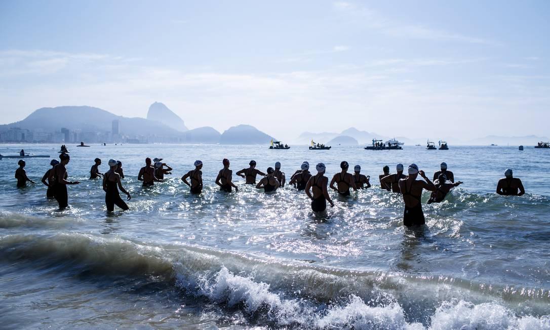 Hora de disputa no mar, com as maravilhas do Rio como cenário Daniel Marenco / Agencia O Globo / Agência O Globo