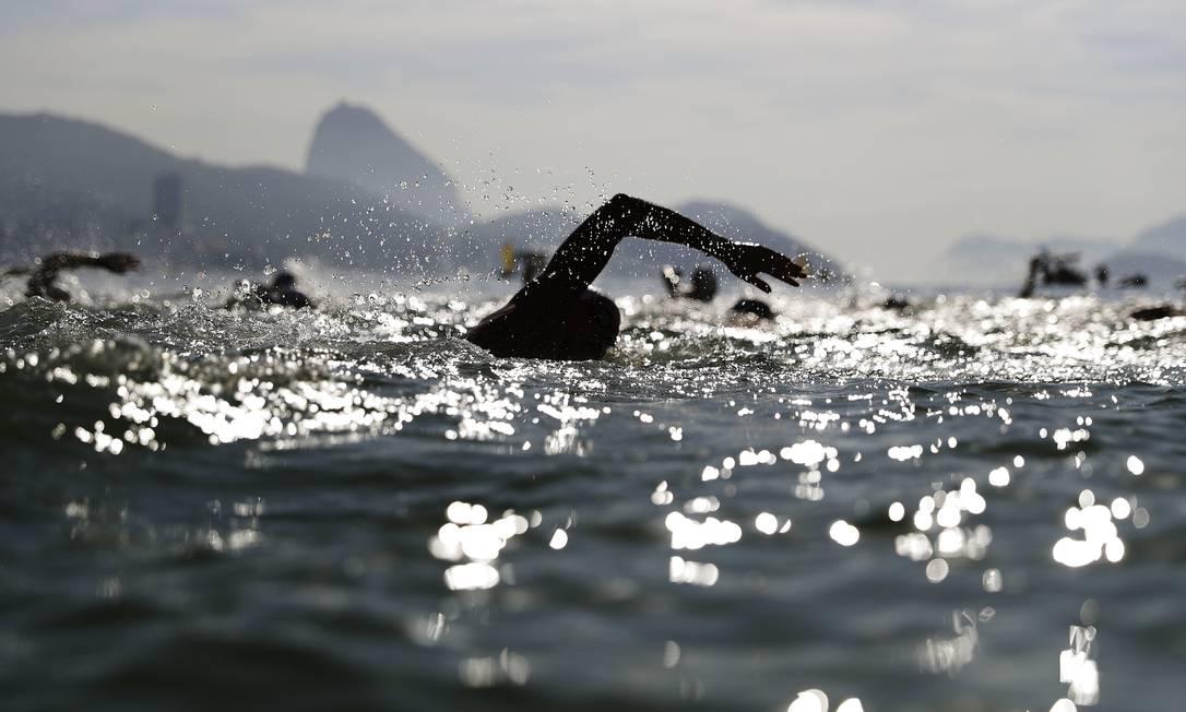 Sharon van Rouwendaal, da Holanda, nada no mar de Copacabana: nova campeã olímpica David Goldman / AP