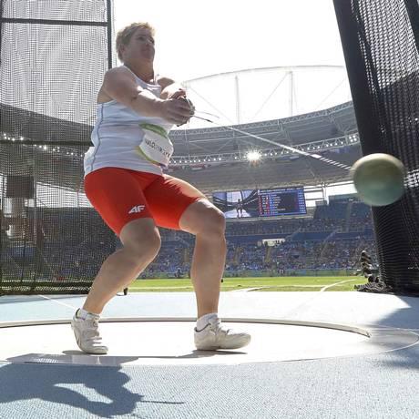Anita Wlodarczyk estabeleceu o novo recorde mundial do arremesso de martelo Foto: PHIL NOBLE / REUTERS