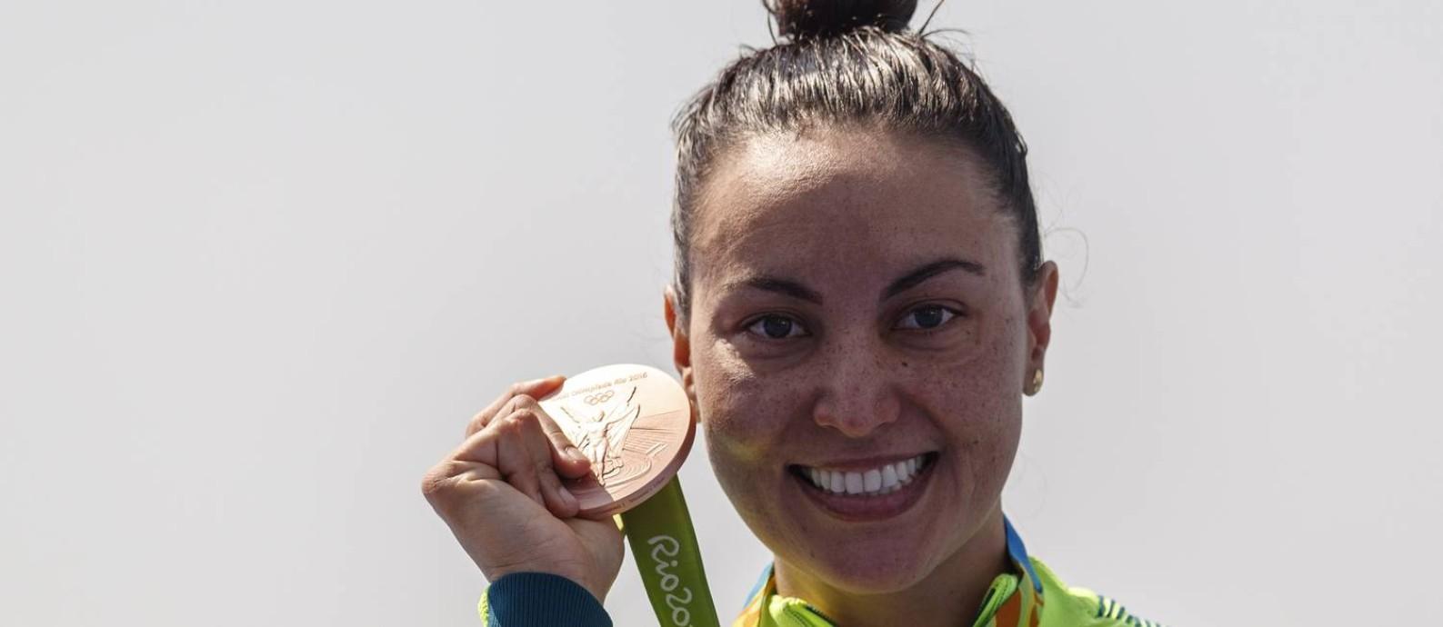A brasileira Poliana Okimoto, bronze na maratona aquática Foto: Daniel Marenco / Agencia O Globo / Agência O Globo