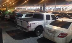 Leitora registrou o estacionamento irregular na Barra Foto: Leitura Julia Celandroni