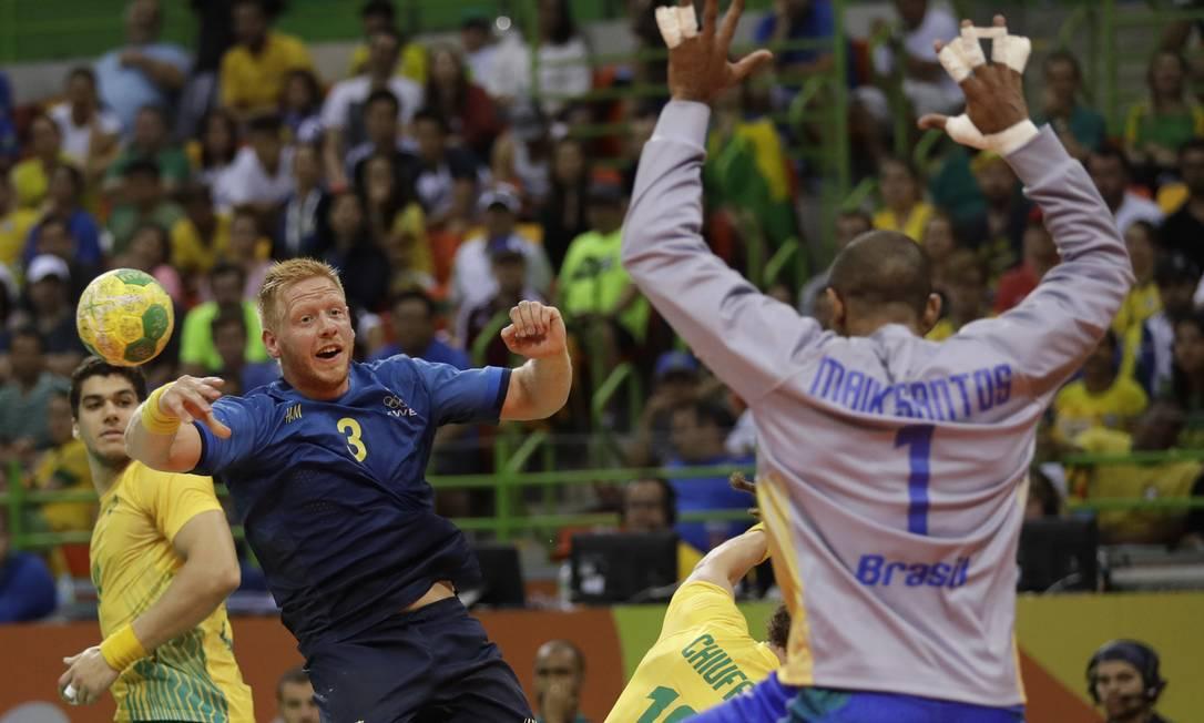 A Suécia não deu chance para reação e, no fim, imprimiu um ritmo ainda mais forte Matthias Schrader / AP