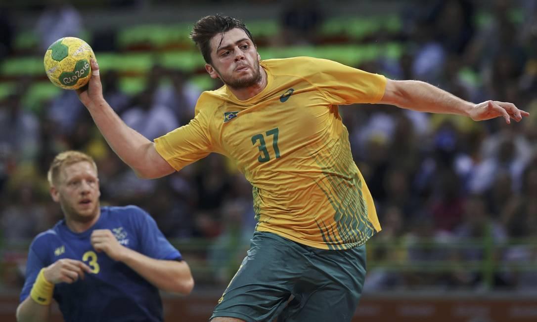 A seleção brasileira de handebol masculino perdeu para a Suécia, por 30 a 19 DAMIR SAGOLJ / REUTERS