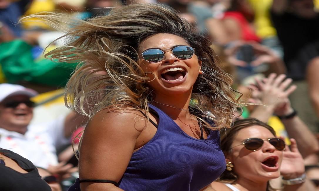 Torcida brasileira durante o vôlei de Praia, em Copacabana Agência O Globo