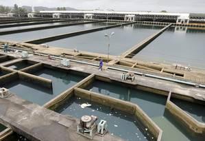 Estação de tratamento de água do Guandu em Nova Iguaçu Foto: Domingos Peixoto / O Globo