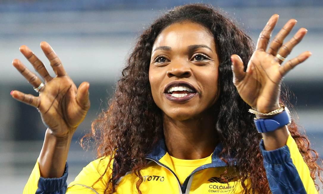 Foi a primeira vez que uma atleta colombiana conquista o ouro no atletismo LEONHARD FOEGER / REUTERS