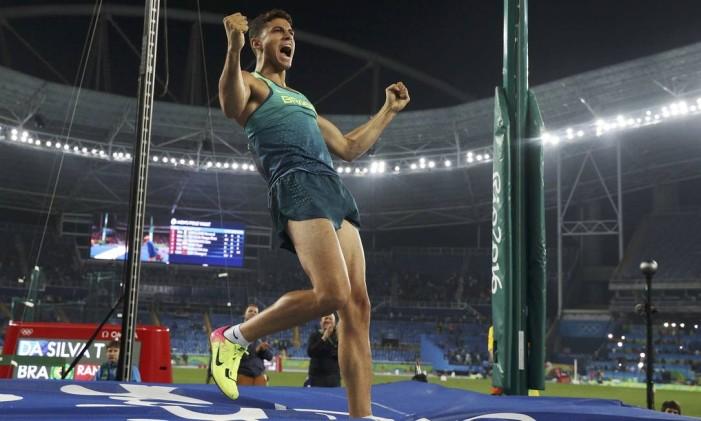Thiago Braz durante a competição do salto com vara Foto: PHIL NOBLE / REUTERS