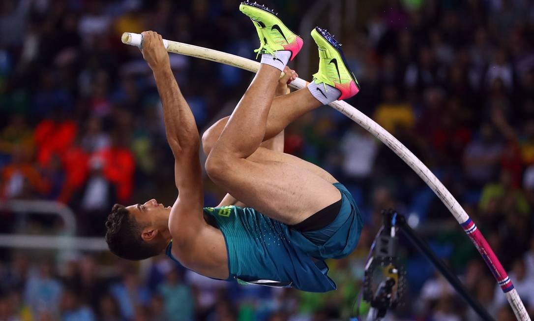 Thiago superou a marca de 6,03m KAI PFAFFENBACH / REUTERS