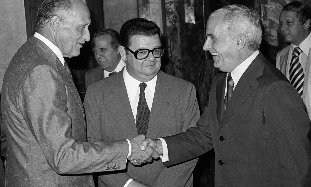 Com Delfim Neto e Giulite Coutinho, em 1979 Otávio Magalhães / Agência O Globo
