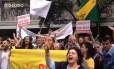 Campanhas de Erundina e Doria se encontram no centro de São Paulo