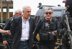 O empresário Carlos Bumlai é preso preventivamente em fase da Lava-Jato em 2015 Foto: Geraldo Bubniak / Agência O Globo