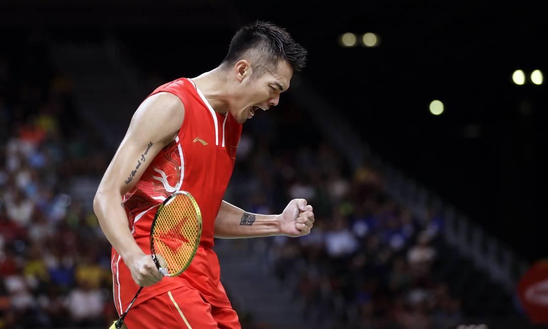 O chinês comemorou a vitória e a classificação para a próxima fase Kin Cheung / AP