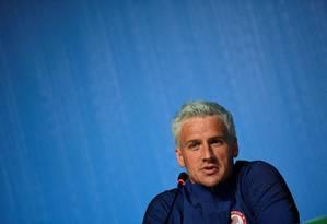 Nadador americano Ryan Lochte em entrevista a jornalistas em 03/08 Foto: Martin Bureau / AFP