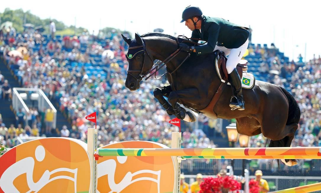 Doda de Miranda, do Brasil com seu cavalo, Cornetto TONY GENTILE / REUTERS