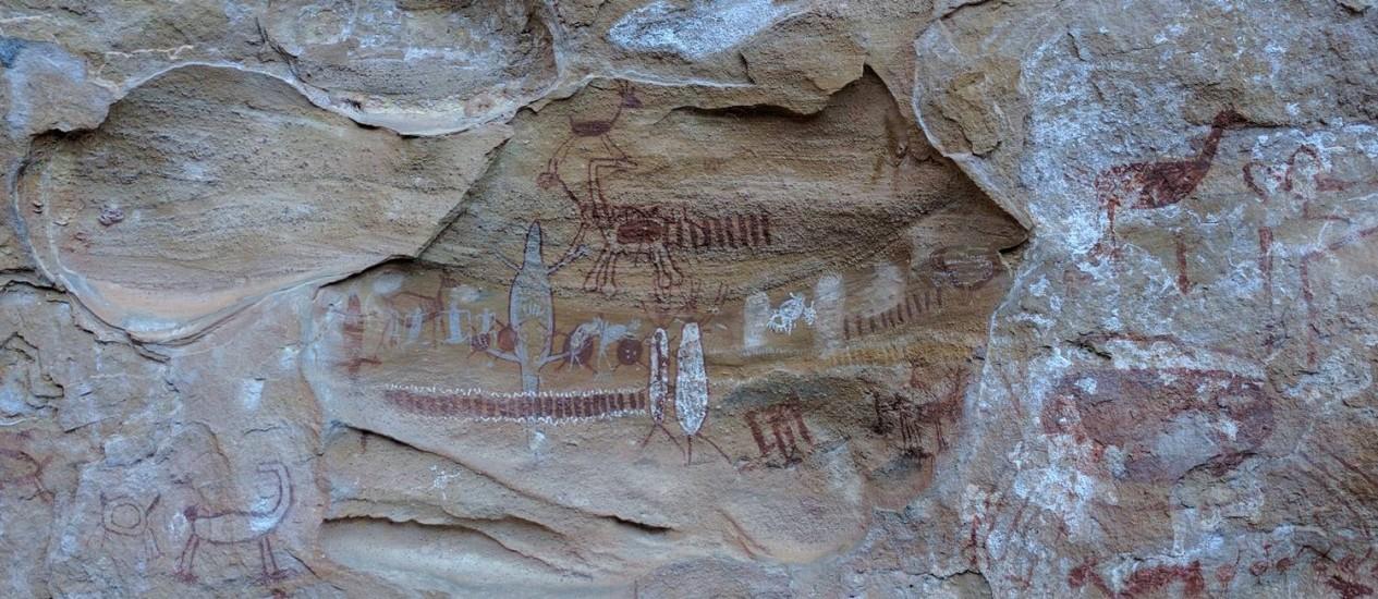Pinturas nas paredes contam hábitos de populações que habitaram a região há milhares de anos Foto: SÉRGIO MATSUURA