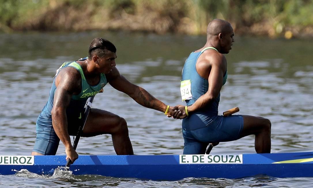 Isaquias e Erlon completaram a prova em 3m33s269 Andre Penner / AP