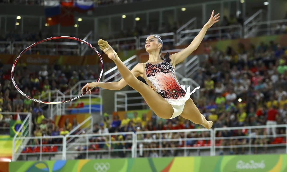 Carolina Rodriguez, da Espanha, durante sua apresentação na ginástica rítmica com bambolê - Olimpíada do Rio-2016 MIKE BLAKE / REUTERS/MIKE BLAKE