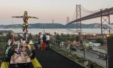Terraço do Rio Maravilha, gastrobar que faz homenagem ao espírito carioca, na LX Factory Foto: Joana Dale / Agência O GLOBO
