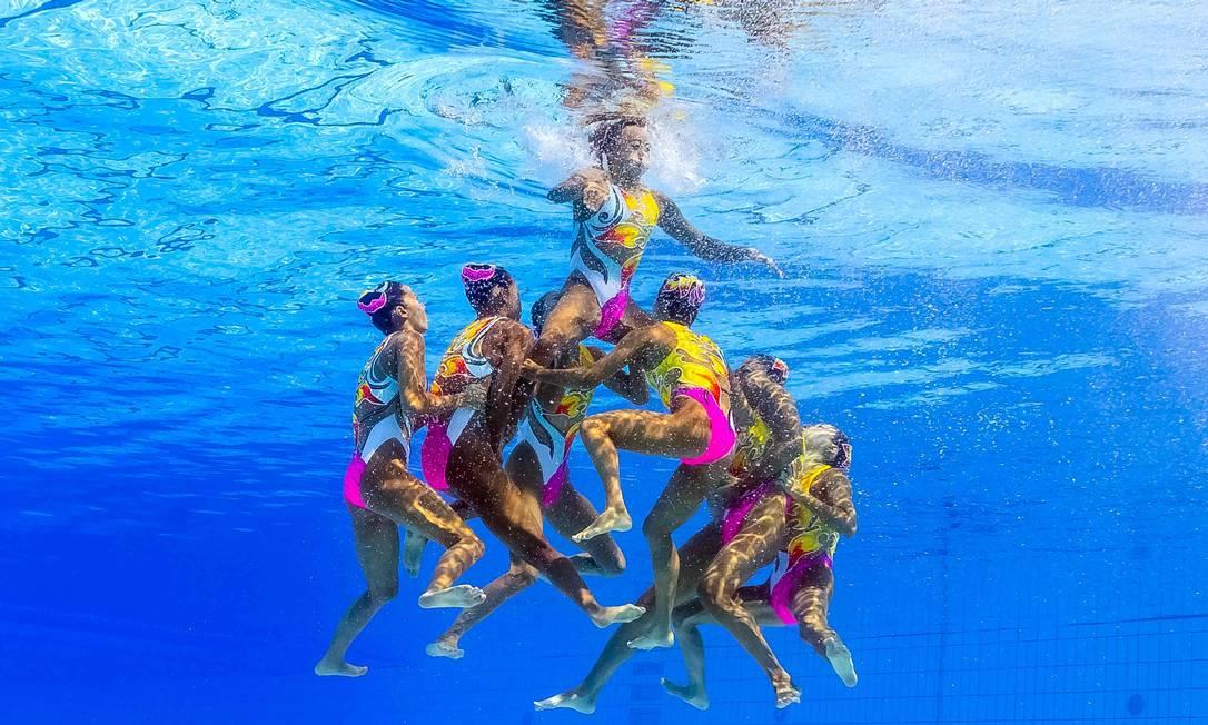 Apresentação da equipe do Japão no nado sincronizado FRANCOIS-XAVIER MARIT / AFP
