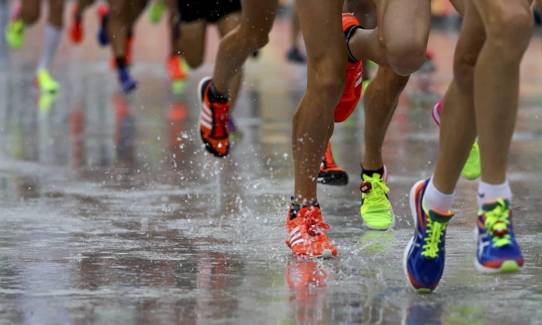 Os atletas terão que percorrer cerca de 42km por ruas do Centro e Zona Sul LUCY NICHOLSON / REUTERS